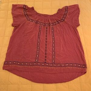 XL Xhilaration embroidered peasant top
